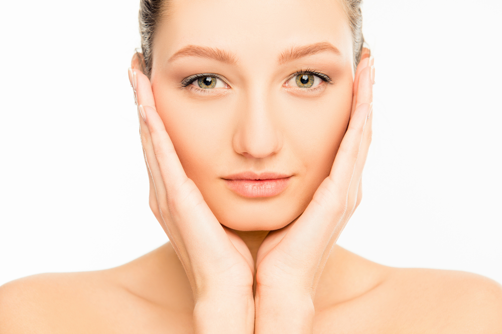 How to Take Care of Your Sensitive Skin in a Natural Way?