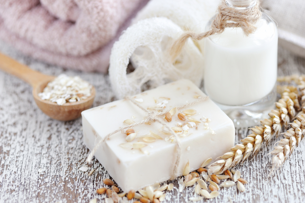 What are the Benefits of Oatmeal Bath?